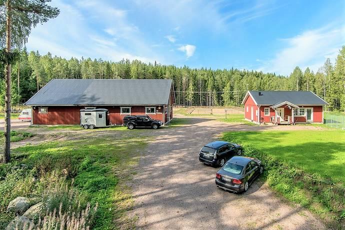Bild: 1 rum gård/skog på Ryttarvägen 25, Hofors kommun Hofors