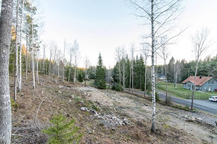 Bild: tomt på Hagsätter Evalundsvägen 39, Söderköpings kommun Evalund