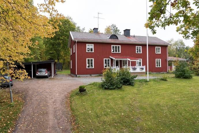 Bild: 9 rum villa på Hedkärravägen 3, Fagersta kommun FAGERSTA - Andra sidan