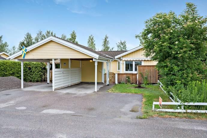 Bild: 4 rum villa på Mörtvägen 12, Håbo kommun Bålsta - Råby/Råbydal