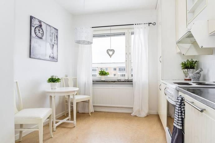 Bild: 3 rum bostadsrätt på Tellusvägen 12, Nyköpings kommun Stenkulla