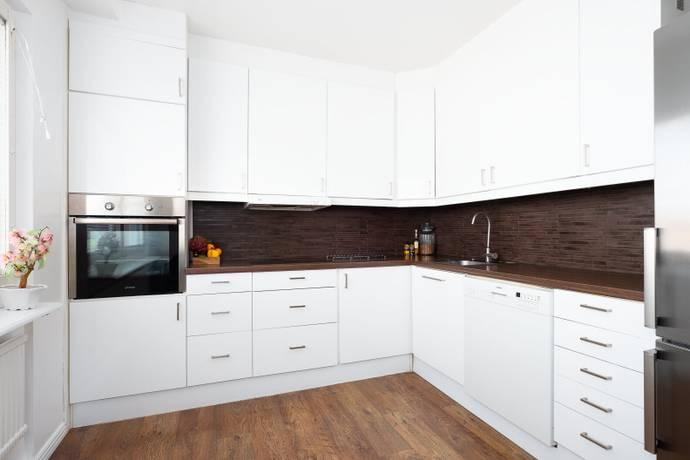 Bild: 3 rum bostadsrätt på Tomtbergavägen 51, Botkyrka kommun Hallunda