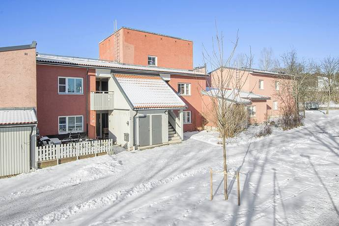 Bild: 2 rum bostadsrätt på Travgatan 79B, Upplands Väsby kommun Smedby
