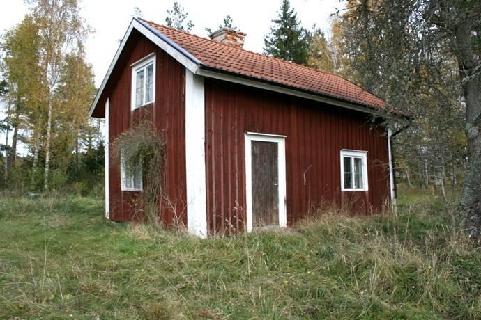 Bild: tomt på Norra Åsta 523, Örebro kommun Glanshammar