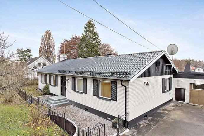 Bild: 5 rum villa på Bergenhielmsvägen 23A, Stockholms kommun Bromma Kyrka