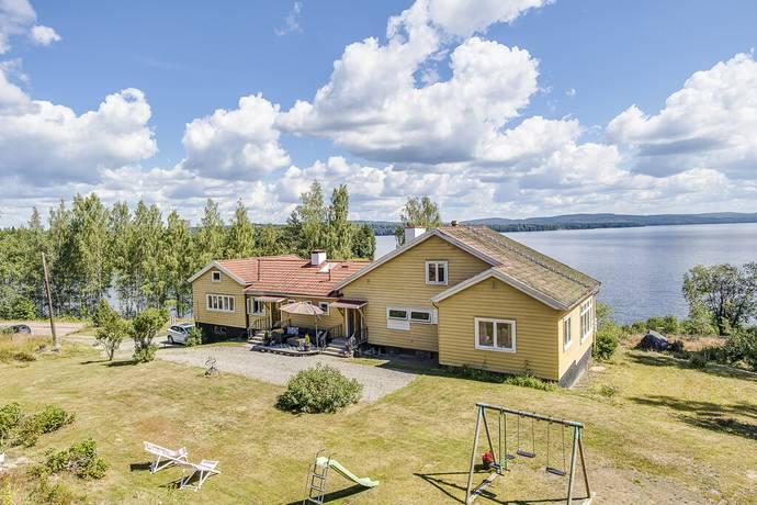 Bild: 10 rum villa på Väsmanvägen 23, Ludvika kommun Sunnansjö
