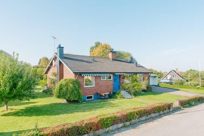 Bild: 5 rum villa på Högabacksvägen 24, Kinda kommun Rimforsa
