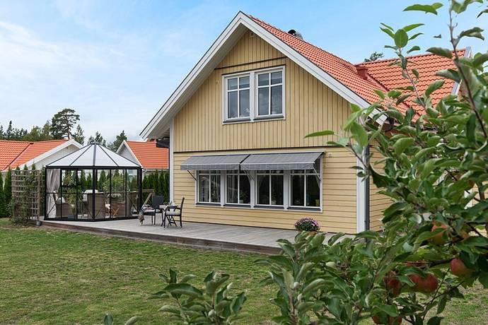 Bild: 7 rum villa på Högvretsvägen 27, Salems kommun Söderby