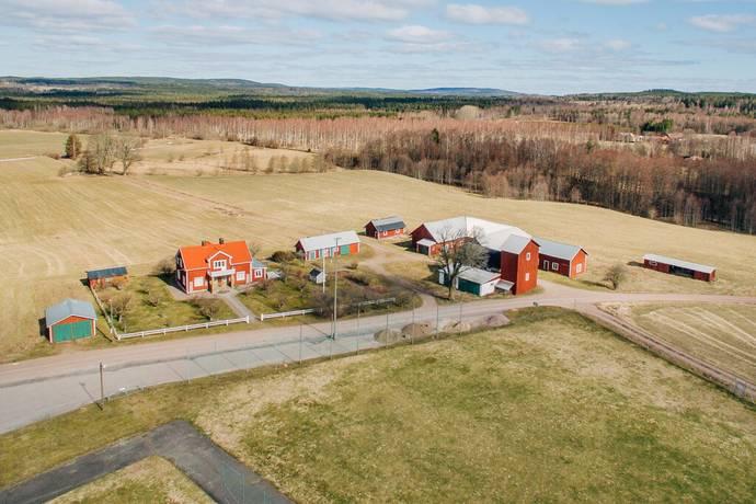 Bild: 5 rum gård/skog på Sörmansgården, Tibro kommun