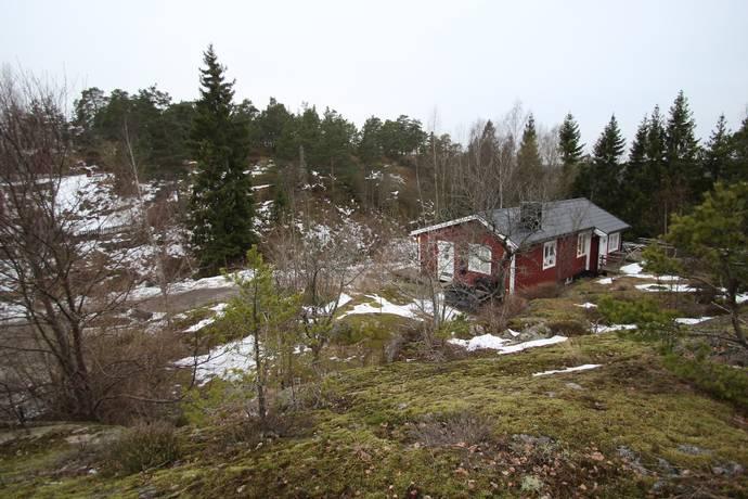 Bild: tomt på Granvägen 10A, Huddinge kommun Huddinge
