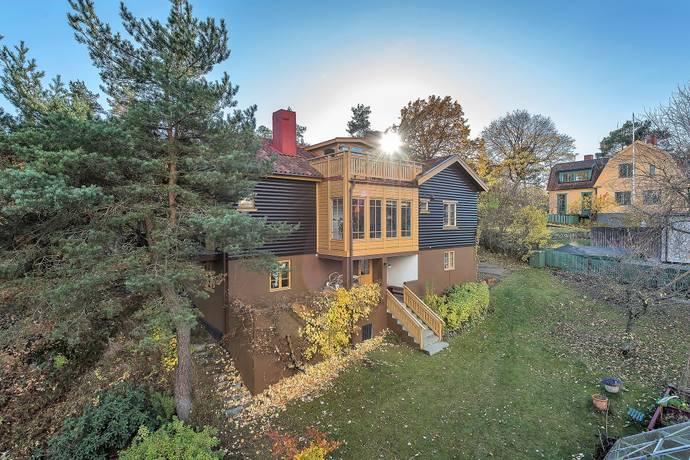 Bild: 10 rum villa på Sporrgränd 6, Stockholms kommun Mälarhöjden