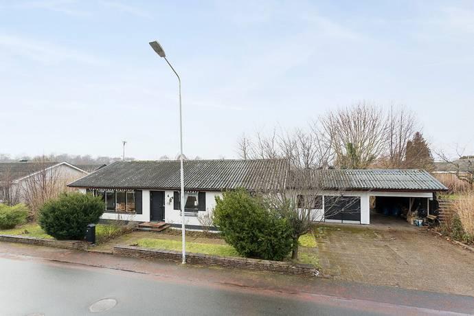 Bild: 6 rum villa på Eldarevägen 4, Kristianstads kommun Kristianstad