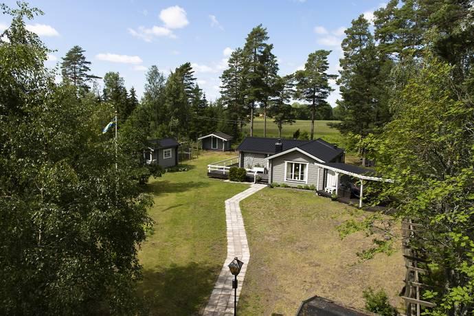 Bild: 4 rum villa på Strandviksvägen 15, Kristinehamns kommun