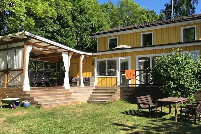 Bild: 7 rum villa på Allévägen 9, Österåkers kommun Österskär