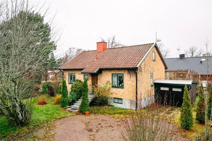 Bild: 5 rum villa på Elfströms väg 8, Mariestads kommun