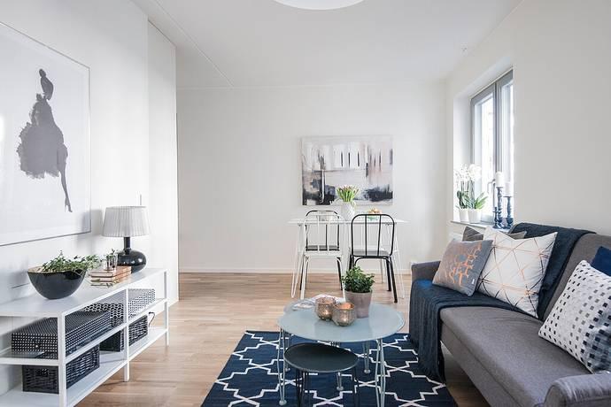 Bild: 2 rum bostadsrätt på Kansligränd 2, Huddinge kommun Kvarnbergsplan