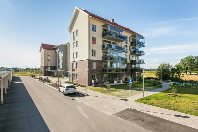 Bild: 4 rum bostadsrätt på Ulsavilagatan 37, Örebro kommun Oset