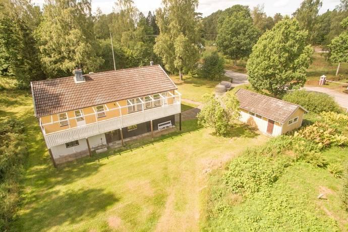 Bild: 6 rum villa på Göljahultsvägen 110, Ronneby kommun Eringsboda