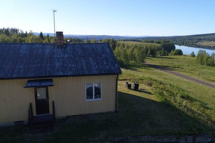 Bild: 2 rum gård/skog på Skansnäset 235, Strömsunds kommun Strömsund Skansnäset 1:19