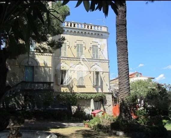 Bild: villa på San Remo, Italien Ligurien
