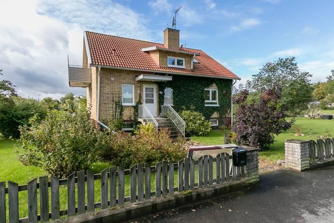 Bild: 5 rum villa på Villagatan 5, Hultsfreds kommun Målilla