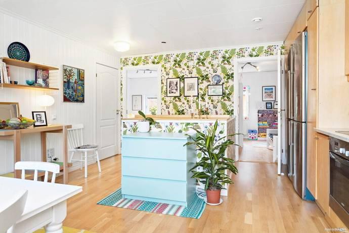 Bild: 4 rum radhus på Löjviksvägen 3, Vaxholms kommun Resarö