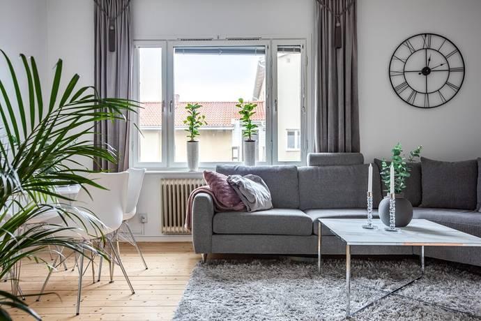 Bild: 1,5 rum bostadsrätt på Eknäsgatan 45, Norrköpings kommun Klingsberg