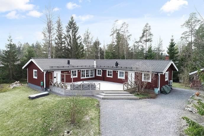 Bild: 5 rum villa på Jollevägen 4, Värmdö kommun Södra Kopparmora