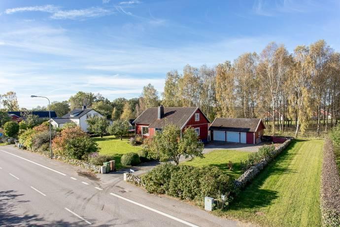Bild: 7 rum villa på Ätraforsvägen 24, Falkenbergs kommun Okome
