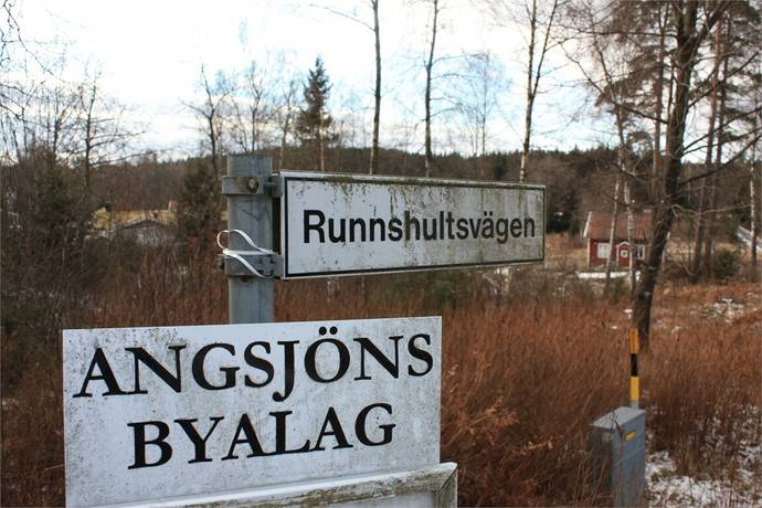 Bild: tomt på Runnshultsvägen (tomt), Alingsås kommun Hemsjö