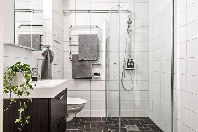 Bild: 3 rum bostadsrätt på Pilvägen 82, 1 tr, Sollentuna kommun Helenelund