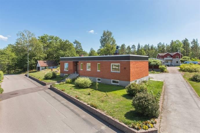 Bild: 5 rum villa på Brödbacken 22, Oskarshamns kommun Kristdala