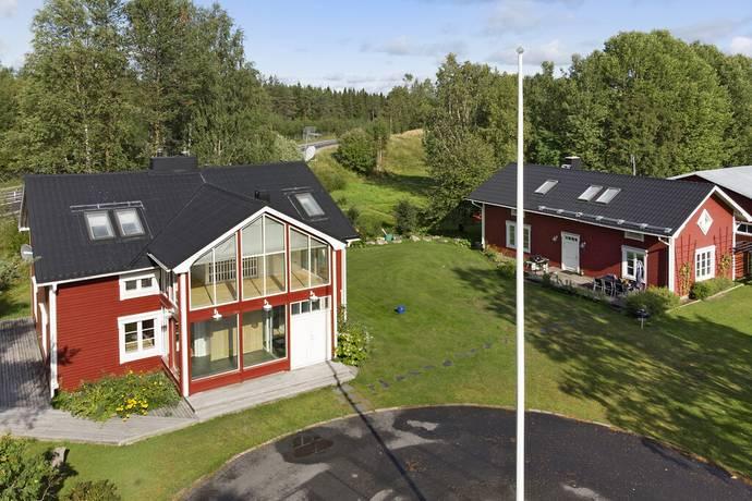 Bild: villa på Degerbergsvägen 3A & 3B, Luleå kommun Rutvik