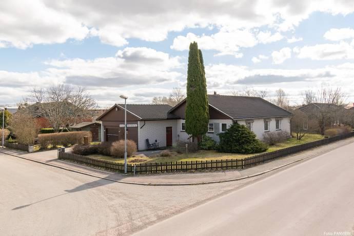 Bild: 5 rum villa på Stenyxgatan 12, Västerås kommun Bjurhovda