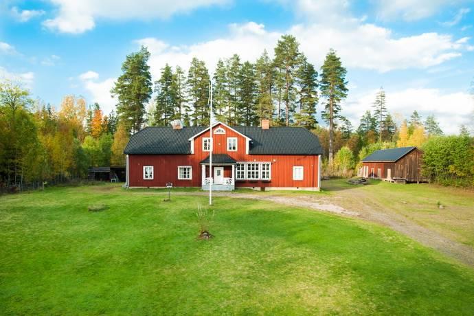 Bild: 11 rum fritidshus på Metbäcken 109, 111, Torsby kommun Finnskogen