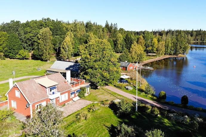 Bild: 5 rum gård/skog på Siggaboda 2, Älmhults kommun Siggaboda