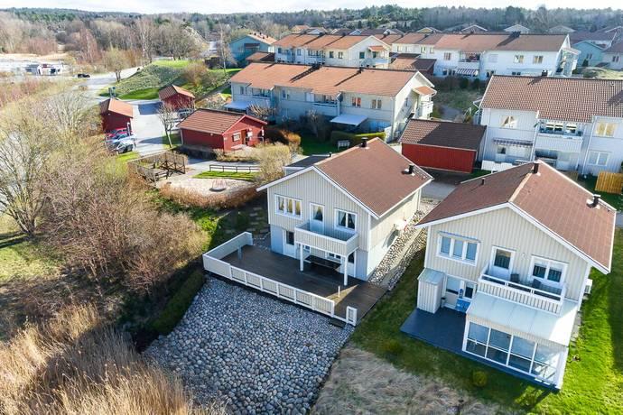 Bild: 4 rum bostadsrätt på Vattenvägen 2, Strömstads kommun Västra Berget