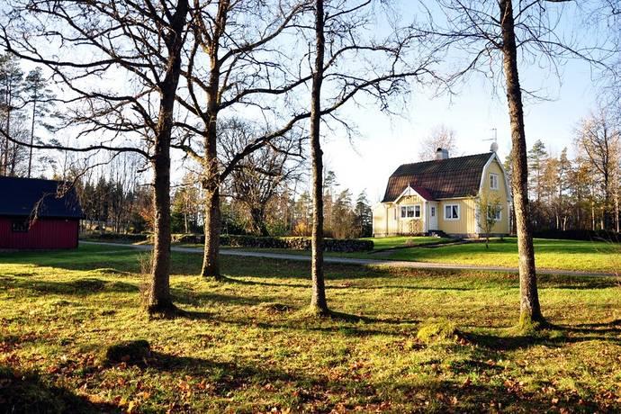 Bild: 96 m² gård/skog på Bredhult Stensnäs 1, Ljungby kommun