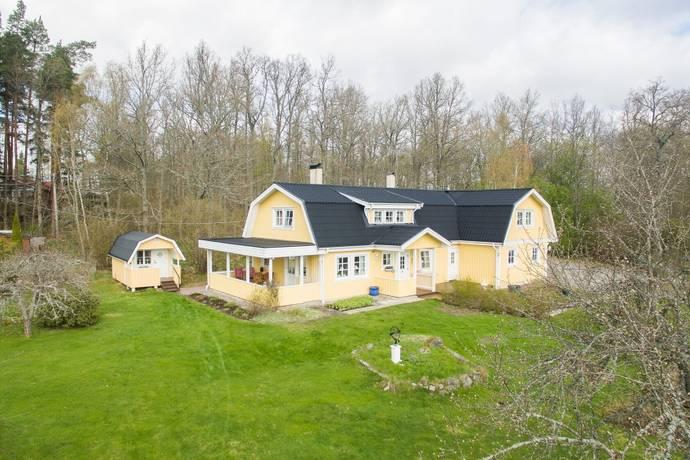Bild: 4 rum villa på Sörsylta 33, Köpings kommun Södra Munktorp