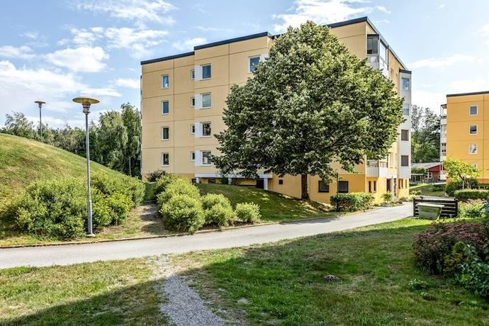 Bild: 4 rum bostadsrätt på Aftonvägen 9, Botkyrka kommun Tullinge