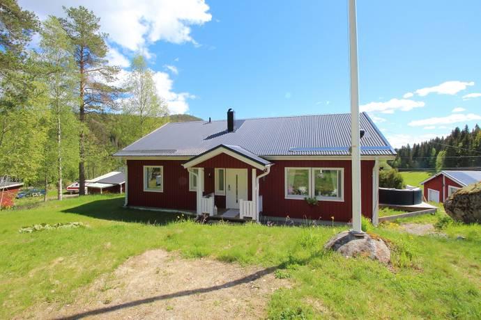 Bild: 4 rum villa på Kvarnsvedsvägen 113, Sundsvalls kommun Nedansjö