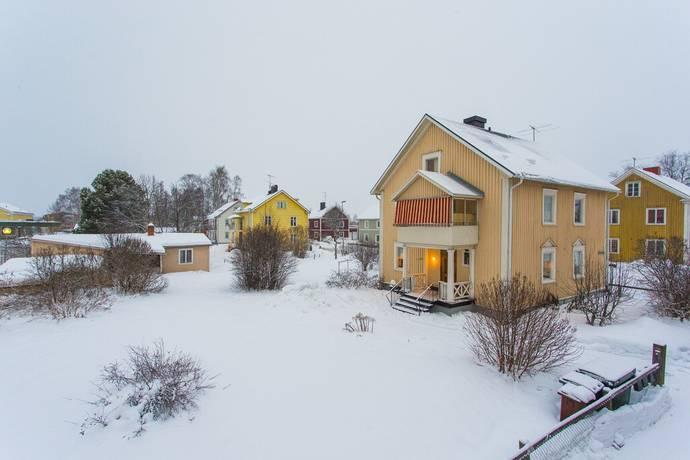 Bild: villa på Kommendörsgatan 24, Bodens kommun Nedre Stadsdelen (Centrum)