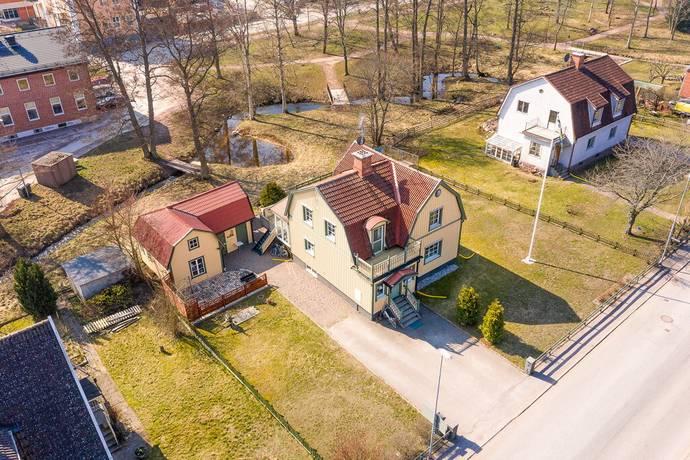 Bild: 4 rum villa på Hagadalsgatan 11, Hultsfreds kommun