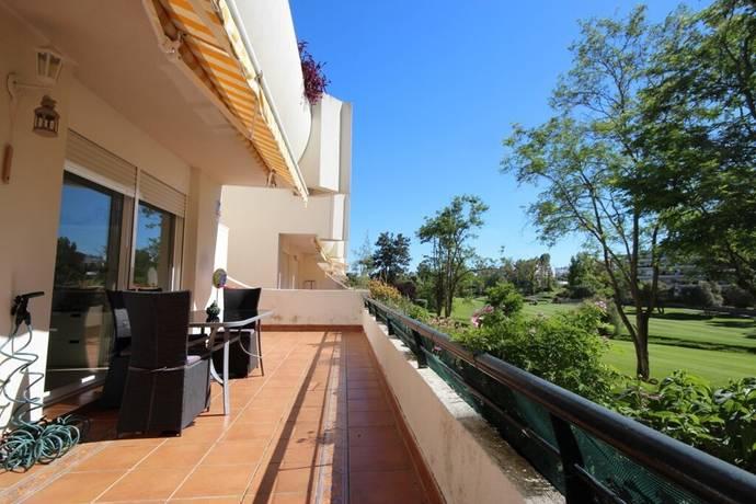 Bild: 3 rum bostadsrätt på Mysiga frontline golf lägenhet i Gualdamina Alta!, Spanien Marbella - Guadalmina