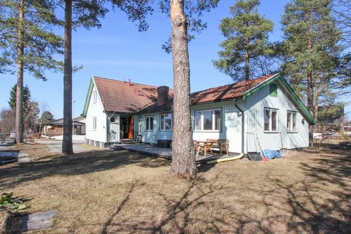 Bild: 6 rum villa på Duvgatan 5, Bodens kommun Sanden