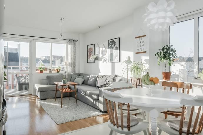 Bild: 2 rum bostadsrätt på Mejramvägen 101, Örebro kommun Sörbyängen