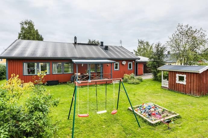 Bild: 7 rum villa på Skolgatan 22, Strömsunds kommun Hoting