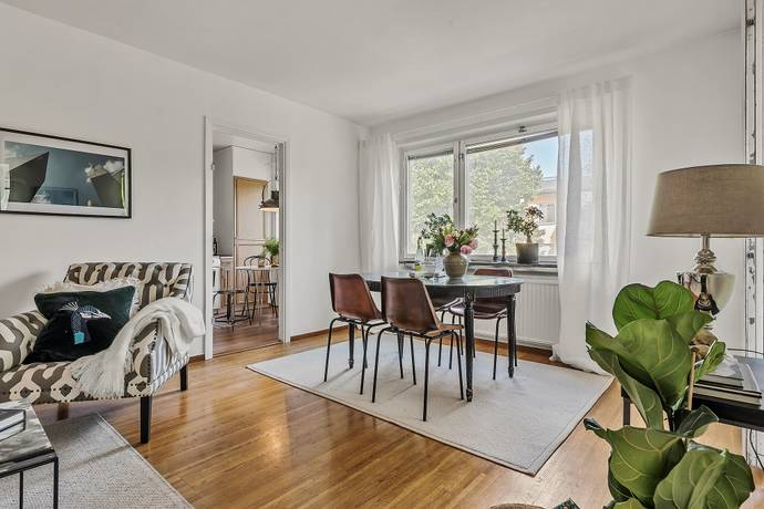 Bild: 3 rum bostadsrätt på Freyvägen 3, Nacka kommun Neglinge Saltsjöbaden