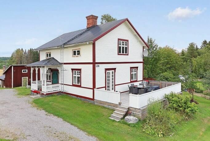 Bild: 6 rum gård/skog på Påläng 138, Sundsvalls kommun Påläng