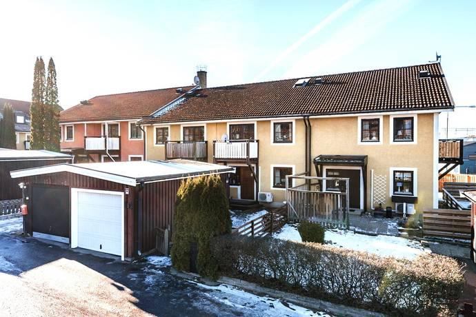 Bild: 5 rum radhus på Sankt Persgatan 1b, Mjölby kommun Mjölby, Östra